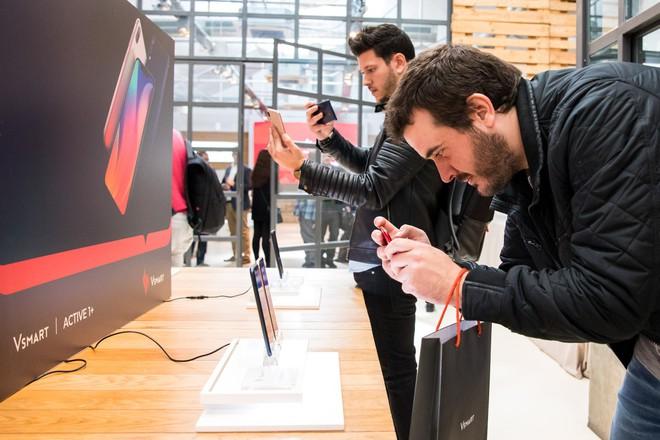 Smartphone Việt Vsmart chính thức có mặt tại Tây Ban Nha - Ảnh 2.