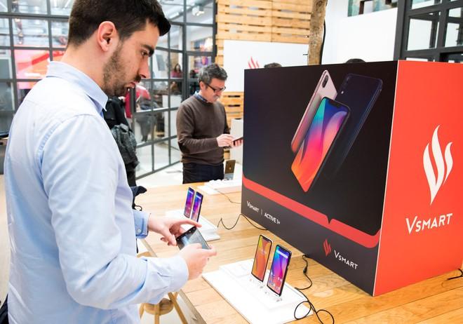 Smartphone Việt Vsmart chính thức có mặt tại Tây Ban Nha - Ảnh 3.