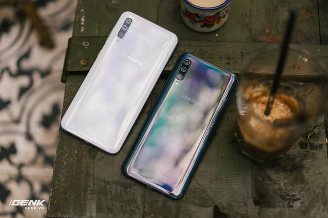 Đánh giá chi tiết Samsung Galaxy A50 - Mới mẻ từ trong ra ngoài, nhưng vẫn có vị Samsung - Ảnh 18.