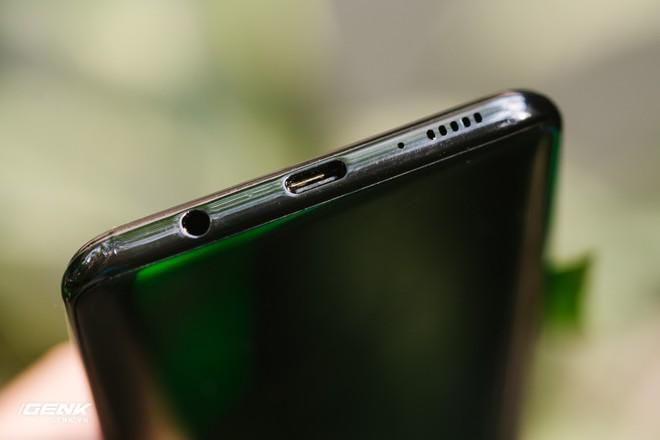Đánh giá chi tiết Samsung Galaxy A50 - Mới mẻ từ trong ra ngoài, nhưng vẫn có vị Samsung - Ảnh 9.