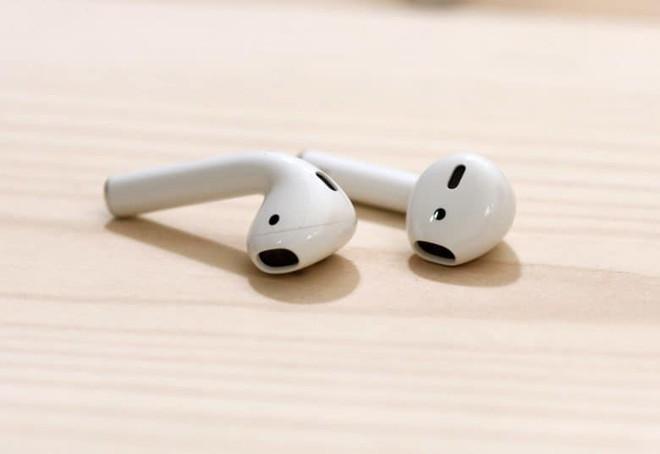 AirPods thống trị tuyệt đối, chiếm tới 60% thị phần tai nghe không dây - Ảnh 1.