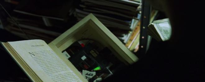 Kỷ niệm 20 năm phim Matrix ra đời: Trùm cuối Ma Trận thực sự là ai? - Ảnh 3.