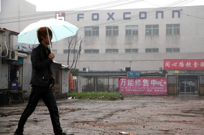 Công nhân Foxconn ngày càng đói kém, đua nhau nghỉ việc vì không được làm thêm giờ - Ảnh 1.