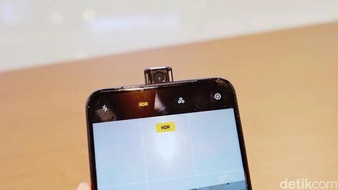 OPPO F11 Pro lộ ảnh trên tay rõ nét với camera selfie thò thụt, màn hình tràn cạnh chiếm 90.9% diện tích mặt trước - Ảnh 10.