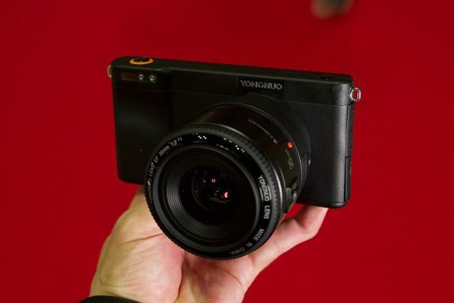 Yongnuo YN450 - máy ảnh không gương lật, sử dụng ống kính Canon, chạy Android - Ảnh 1.