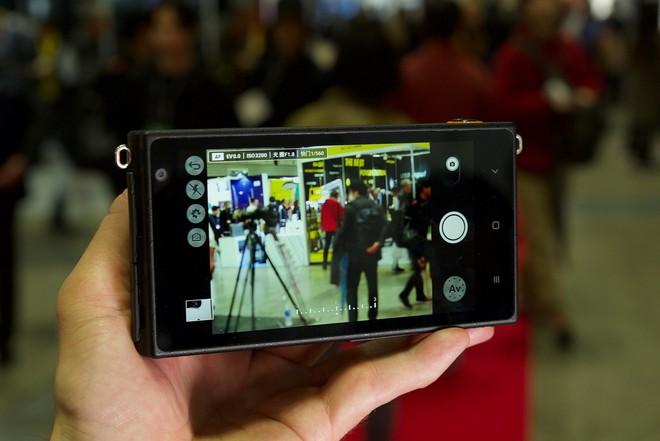 Yongnuo YN450 - máy ảnh không gương lật, sử dụng ống kính Canon, chạy Android - Ảnh 5.