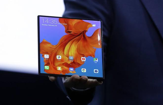 E ngại sức ép từ Mỹ, Huawei cầu cứu các nhà cung cấp Nhật Bản - Ảnh 1.