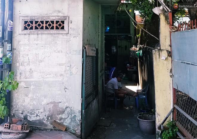 Cuộc sống bên trong những căn nhà siêu mỏng ở Sài Gòn, chiều ngang còn ngắn hơn sải tay người lớn - Ảnh 12.