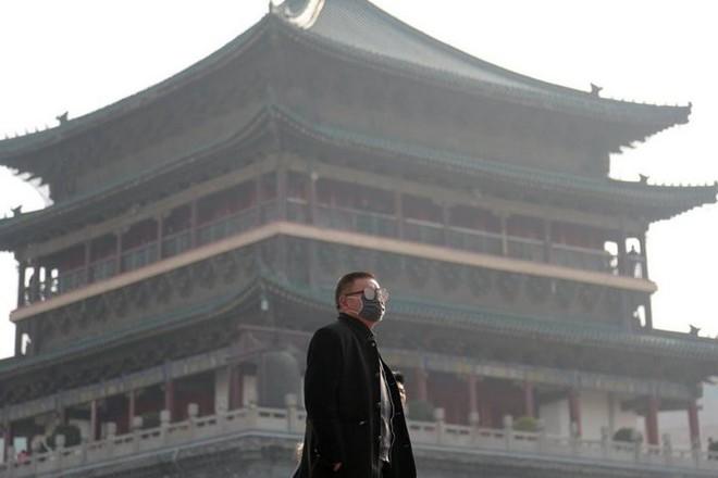 Tháp cao 100 mét này là cách Trung Quốc giải quyết được ô nhiễm không khí: giá 2 triệu đô/cái, tạo 10 triệu mét khối không khí sạch mỗi ngày - Ảnh 4.