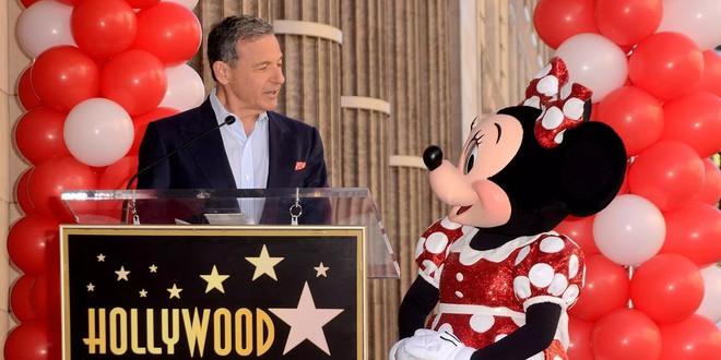 CEO Disney vẫn giữ ghế trong hội đồng quản trị Apple mặc cho việc Disney tung ra dịch vụ stream video cạnh tranh với Apple - Ảnh 1.