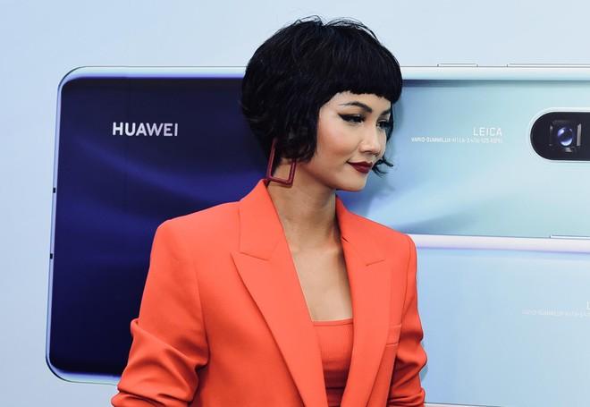 "Hoa hậu HHen Niê– ""Fan cứng"" của chiếc máy Huawei P30 Pro - Ảnh 2."
