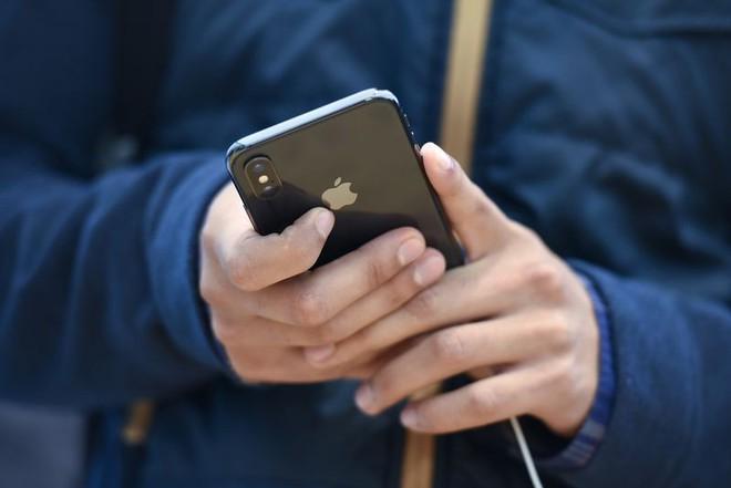 Mặc kệ thỏa thuận với Qualcomm, Apple vẫn sẽ tự thiết kế và sản xuất chip modem với thời hạn là 6 năm - Ảnh 1.