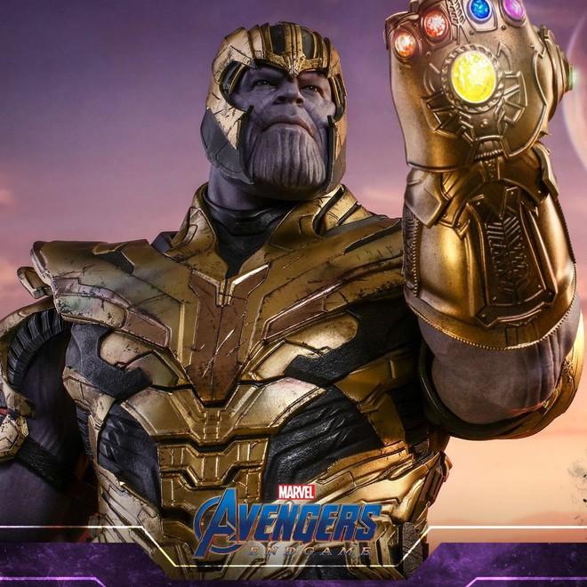 Đồ chơi mới ra hé lộ Iron Man cũng đeo Infinity Gauntlet để gõ lại Thanos - Ảnh 1.