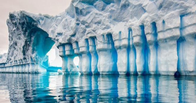 Cực độc tảng băng ngọc lục bảo tuyệt mỹ ở Nam Cực: Phải may mắn lắm mới có thể bắt gặp khoảnh khắc này! - Ảnh 5.