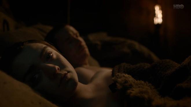 Game of Thrones SS8 tập 2: Ơn trời, cuối cùng thì boy band Bóng Trắng cũng bắt đầu đổ bộ đến Westeros - Ảnh 2.