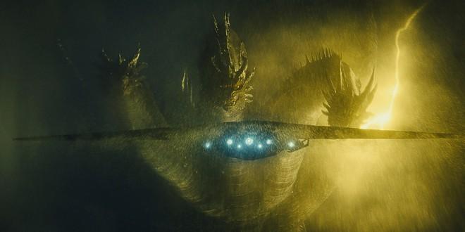 King Ghidorah - đối thủ truyền kiếp khiến vua quái vật Godzilla cũng phải e dè - Ảnh 2.