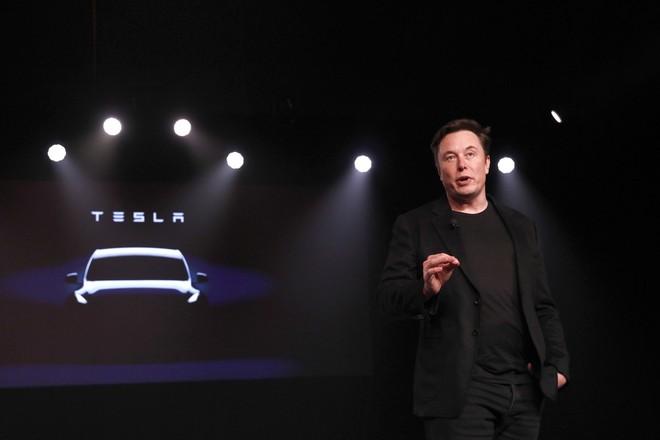 Mạnh miệng khoe Tesla làm chip giỏi hơn Nvidia, nhưng không ai tin lời Elon Musk - Ảnh 5.