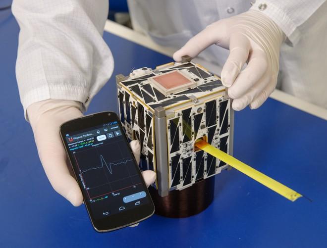 Smartphone có hoạt động được ngoài không gian không, NASA có cả một dự án để trả lời cho bạn - Ảnh 6.