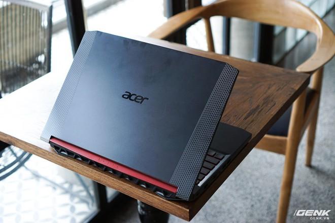 Cận cảnh laptop Acer Nitro 5 phiên bản 2019 tại Việt Nam: viền màn hình đã mỏng hơn, trang bị CPU Core i thế hệ 9 và NVIDIA GTX 16 Series - Ảnh 1.