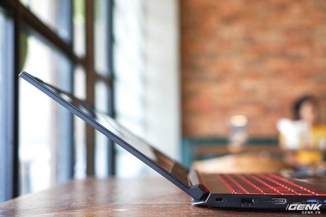 Cận cảnh laptop Acer Nitro 5 phiên bản 2019 tại Việt Nam: viền màn hình đã mỏng hơn, trang bị CPU Core i thế hệ 9 và NVIDIA GTX 16 Series - Ảnh 13.