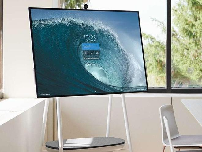 Chỉ được nâng cấp nhẹ, các thiết bị Surface của Microsoft vẫn có bước tiến khổng lồ về doanh số - Ảnh 1.