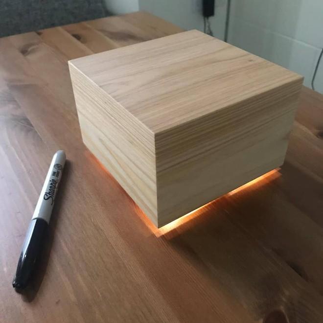 Tự tay làm hộp ngủ tặng vợ, Zuckerberg bị chê đạo nhái ý tưởng từ sản phẩm trên Amazon - Ảnh 3.