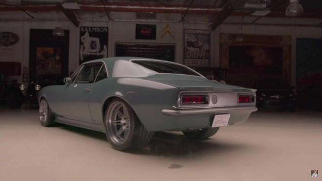 Robert Downey Jr. tặng Chris Evans một chiếc xe ô tô độ sau khi quay xong bộ phim bom tấn Avengers: End Game - Ảnh 3.