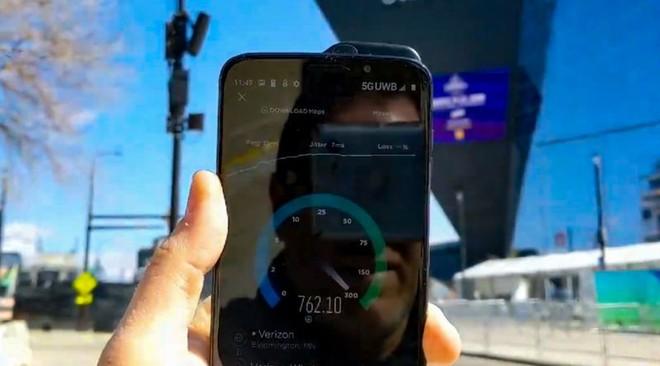 Xem tốc độ mạng 5G thực tế tại Mỹ, cáp quang cũng phải hít khói - Ảnh 2.