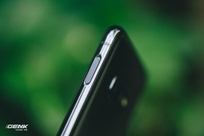 Đập hộp và trải nghiệm nhanh Samsung Galaxy S10e tại Việt Nam: Viên ngọc bị lãng quên? - Ảnh 12.