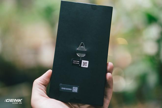 Đập hộp và trải nghiệm nhanh Samsung Galaxy S10e tại Việt Nam: Viên ngọc bị lãng quên? - Ảnh 3.