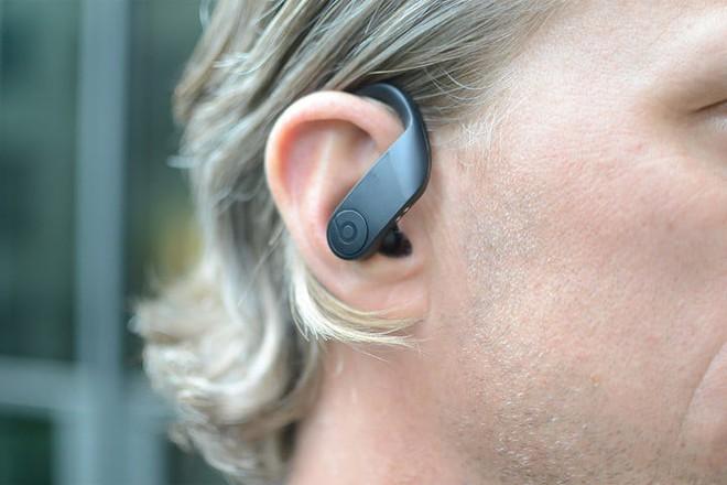 So sánh AirPods và Powerbeats Pro: Đều do Apple sản xuất, vậy nên chọn tai nghe nào? - Ảnh 6.