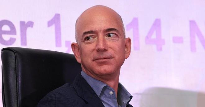 Có vô lý không khi một chuyên gia công nghệ xem trọng bảo mật như Jeff Bezos lại bị hack điện thoại? - Ảnh 2.