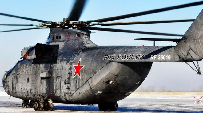 Khám phá trực thăng khổng lồ Mi-26 của Nga: Đã từng chở hóa thạch voi ma mút và máy bay chở khách cỡ nhỏ - Ảnh 6.