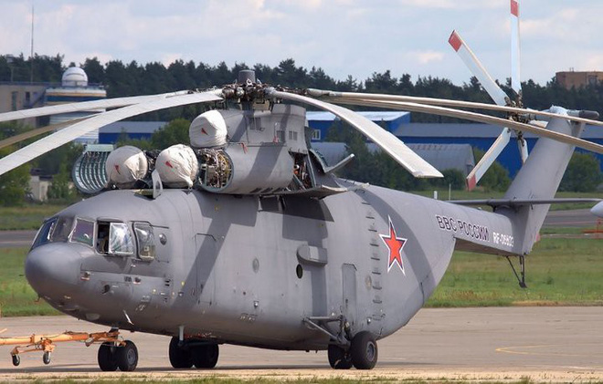 Khám phá trực thăng khổng lồ Mi-26 của Nga: Đã từng chở hóa thạch voi ma mút và máy bay chở khách cỡ nhỏ - Ảnh 1.