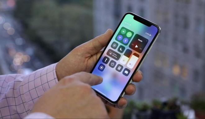 Qualcomm bất ngờ xoay chiều, bảo Apple nếu muốn mua chip 5G thì cứ nhấc máy lên và gọi điện - Ảnh 1.