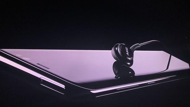 Vì sao Apple không dùng thương hiệu Beats theo cách Samsung dùng AKG, hay như HTC đã dùng Beats? - Ảnh 2.