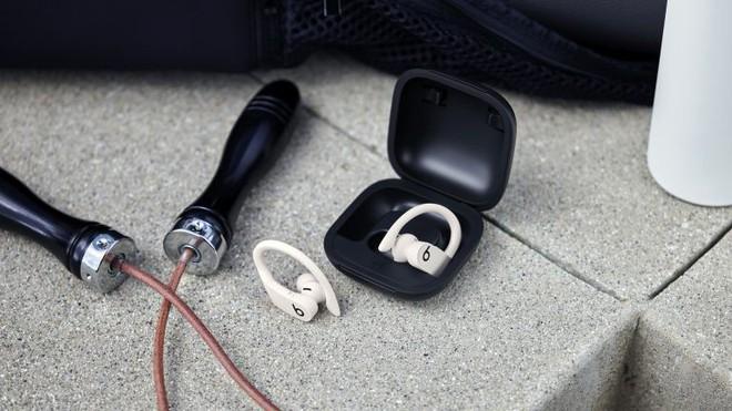 Vì sao Apple không dùng thương hiệu Beats theo cách Samsung dùng AKG, hay như HTC đã dùng Beats? - Ảnh 1.