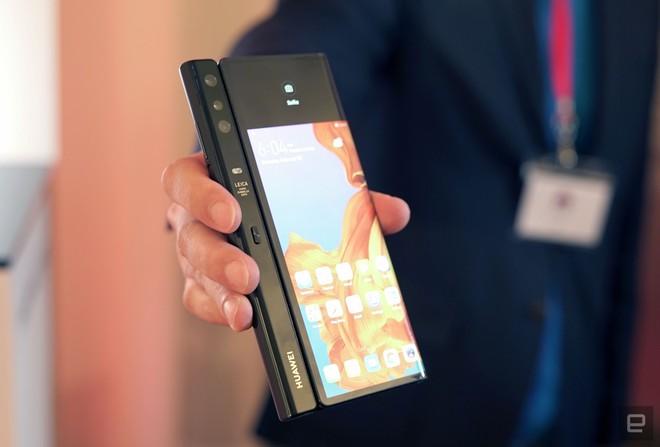 Huawei chính thức niêm yết smartphone màn hình gập Mate X trên trang chủ, sẽ bán ra từ tháng 6 - Ảnh 3.