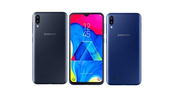 Samsung Galaxy M10 chính thức ra mắt tại Việt Nam, màn hình Infinity-V, cam kép phía sau, giá 3,49 triệu, chỉ bán trực tuyến - Ảnh 1.