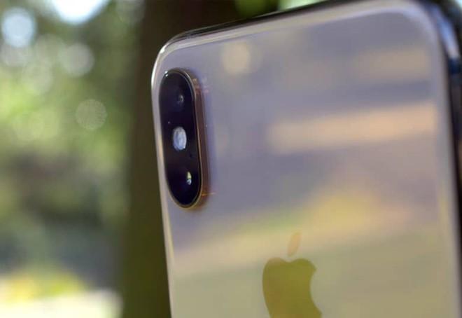 Smartphone tiếp tục hạ sát doanh số bán hàng máy ảnh - Ảnh 1.
