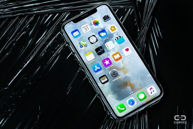 Apple nhận sửa miễn phí iPhone X gặp vấn đề về màn hình cảm ứng, kéo dài tới 3 năm - Ảnh 1.