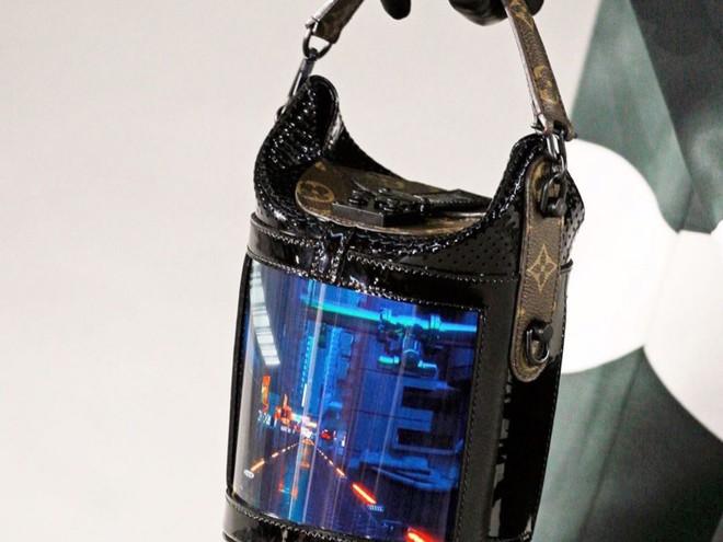Louis Vuitton tích hợp màn hình OLED vào túi xách, thời gian hiển thị lên đến 4 tiếng - Ảnh 3.