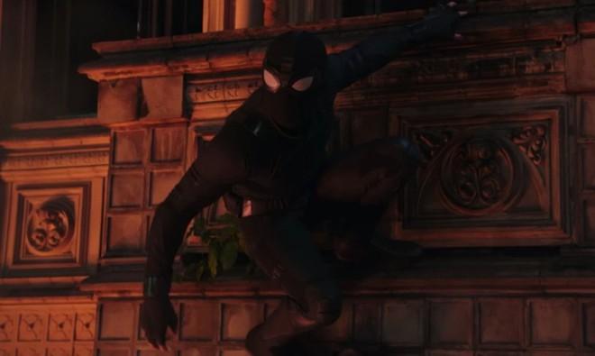Tom Holland đóng 2 vai trong Spider-man: Far From Home: Giả thuyết Spider-verse là có thật? - Ảnh 4.