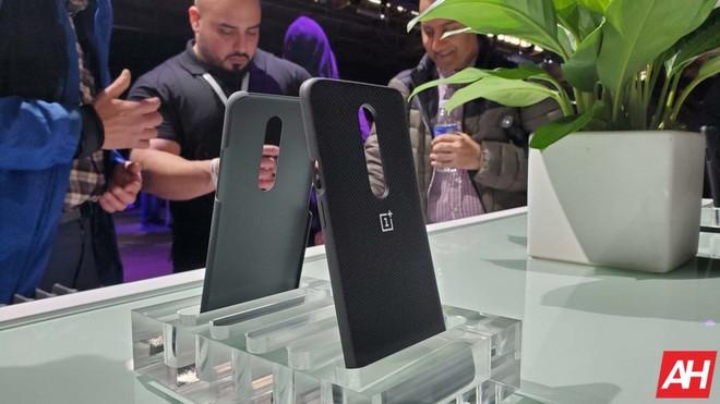 Cận cảnh OnePlus 7 Pro: Chiếc smartphone sinh ra để đánh bại các ông lớn - Ảnh 14.