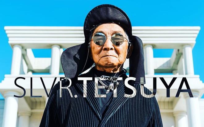 Internet phát sốt với cụ ông ăn chơi nhất Nhật Bản: 84 tuổi vẫn diện đồ hiệu nghìn USD, thần thái ngút trời - Ảnh 1.