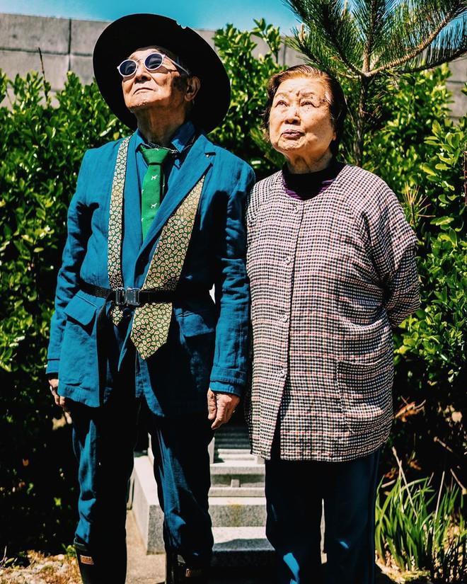 Internet phát sốt với cụ ông ăn chơi nhất Nhật Bản: 84 tuổi vẫn diện đồ hiệu nghìn USD, thần thái ngút trời - Ảnh 5.