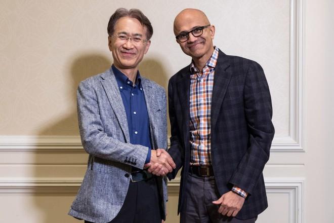 Vì sao Sony lại bắt tay với Microsoft trên mảng gaming: Bài học từ Netflix và Amazon - Ảnh 1.