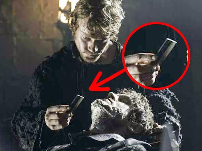 Trong Game of Thrones, 9 chi tiết này vô lý chẳng kém cốc cà phê Starbucks - Ảnh 4.