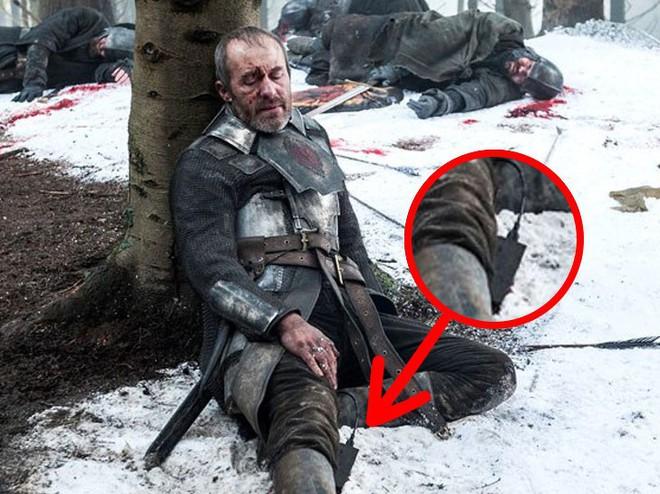 Trong Game of Thrones, 9 chi tiết này vô lý chẳng kém cốc cà phê Starbucks - Ảnh 6.