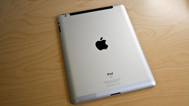 Sản phẩm cuối cùng được Steve Jobs giới thiệu trước khi qua đời được Apple đưa vào danh sách lỗi thời - Ảnh 2.